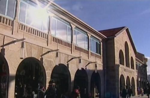 O Concello reordena o estacionamento no ámbito do Mercado de Abastos