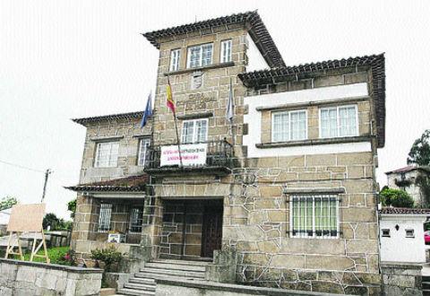 Unha revisión de postos de traballo (RPT) do concello de Mos, cutre e caciquil