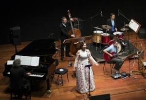NEA_Maria_Joao_e_Orquestra_Jazz_de_Matosinhos
