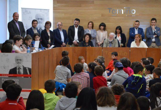 Francesco Tonucci convida a nenos e nenas de Tomiño a opinar sobre a cidade que queren