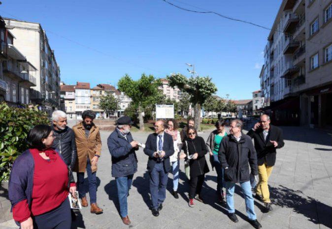 O Alcalde de Ponteareas e a Concelleira de Ensino avanzan no estudo dun novo modelo de vila