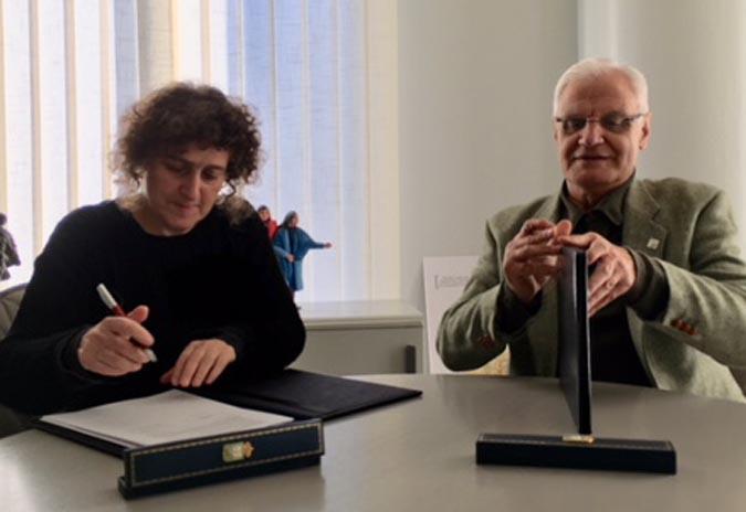 Convenio de colaboración entre a RAG e a Deputación da Coruña.