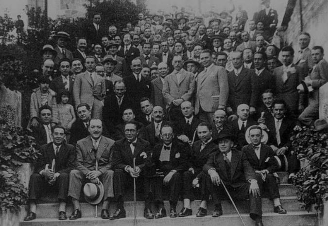 A RAG xunta nun volume 29 artigos con reflexións sobre as Irmandades da Fala para ollar o futuro