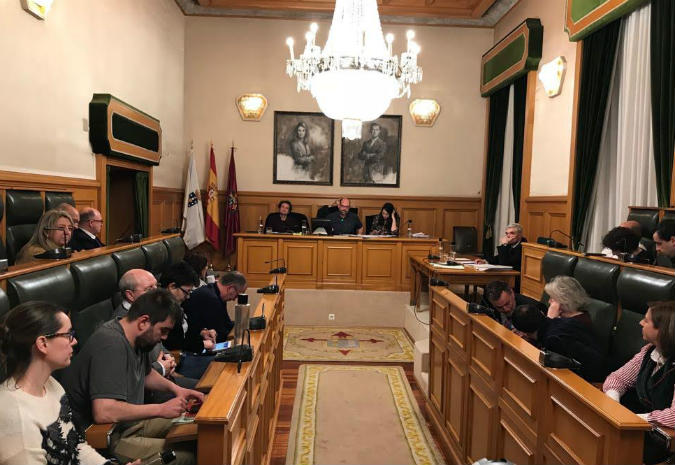 Martinho Noriega reivindica os avances sociais e a captación de fondos europeos no Debate sobre o Estado do Municipio