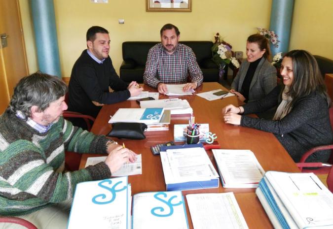 Salceda inicia o proceso de contratación da urbanización do novo Centro de Saúde