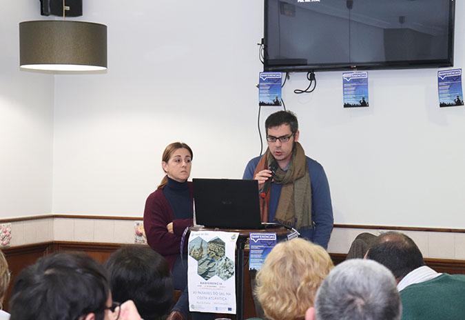 Brais Currás e Mar Cortegoso falaron sobre as salinas na segunda Barferencia de Inverno na Guarda