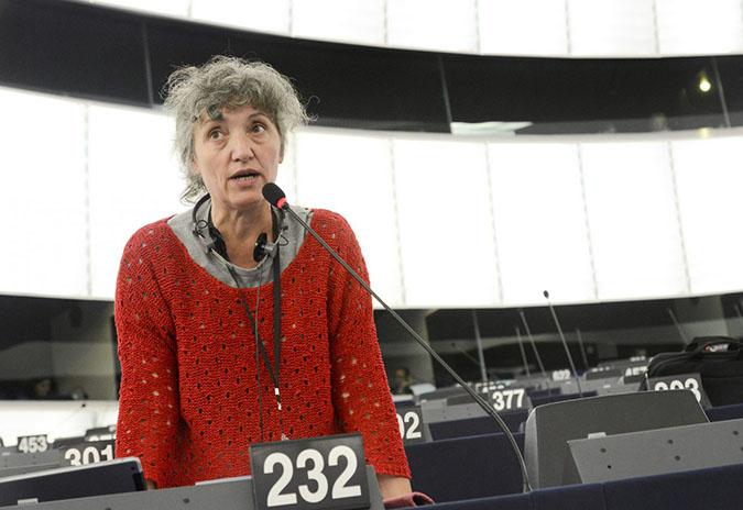 """""""É indignante comprobar que a UE e Marrocos estanse repartindo o espolio dos recursos do pobo saharuí"""""""