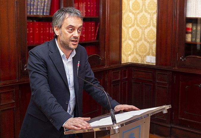 O alcalde reivindica que a inclusión da conexión ferroviaria a Punta Langosteira quede garantida no plan do Corredor Atlántico