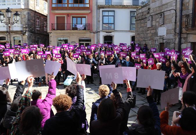 Máis dun milleiro de persoas participaron na Concentración Reivindicativa do 8M na Guarda