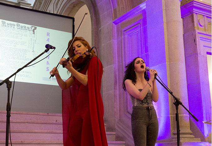 """O camión das """"Ramonas on Tour"""" levará o feminismo pola provincia de Pontevedra a través de música rock"""