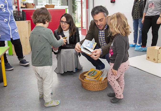 Visita do alcalde á escola infantil municipal