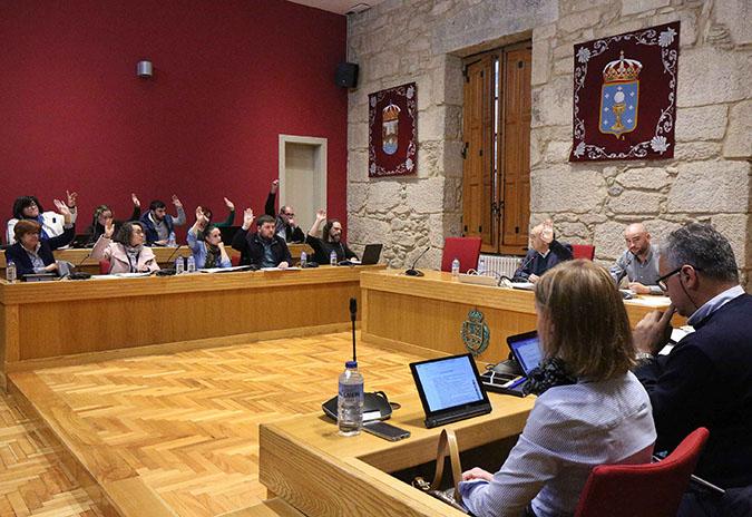 Aprobado no pleno o proxecto de reforma da Praza Bugallal