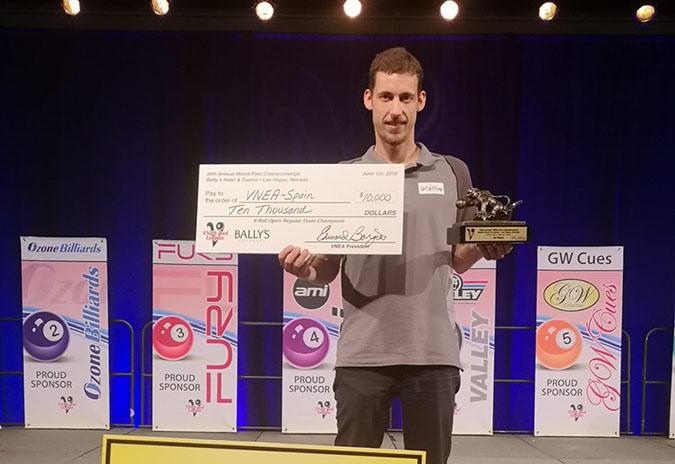 Brais Pino proclámase en Las Vegas campión do mundo de billar