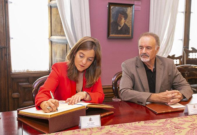 Cultura estudará ampliar o espazo da sede da Real Academia de Belas Artes