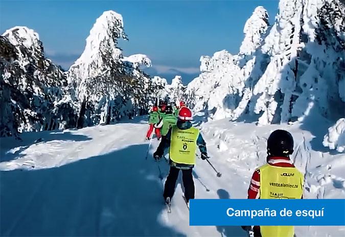 A Deputación da Coruña leva a cincocentos nenos e nenas a practicar esquí en Manzaneda