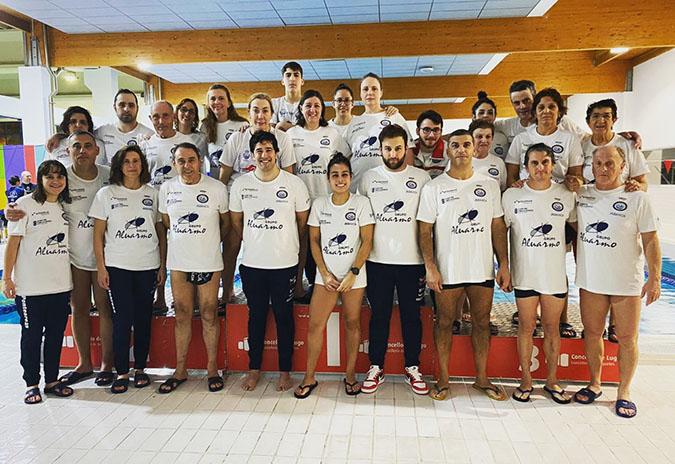 O equipo feminino do Club Natación Ponteareas categoría Máster proclámase campión galego de inverno