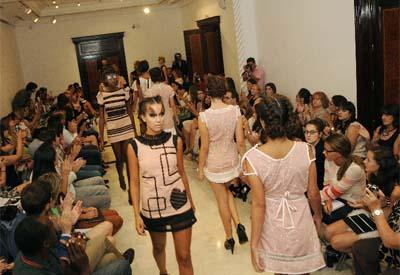 """O deseñador Jose Mateos presentou """"Extreme"""" na Casa coas propostas para a primavera verá do 2013"""