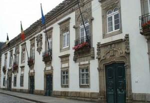 Câmara Municipal convidada a integrar projecto-piloto de desmaterialização de serviços