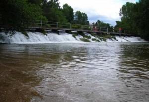 O Concello acometerá obras de eliminación de barreiras arquitectónicas nos accesos ao río Tea