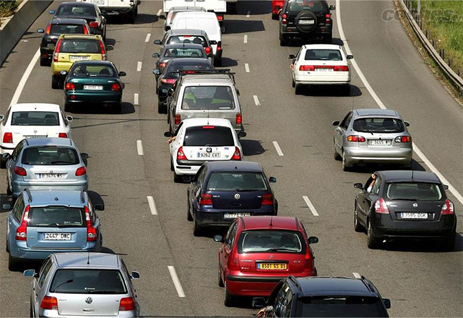 A Deputación da Coruña amplía en dous meses o período voluntario de pago do imposto de vehículos