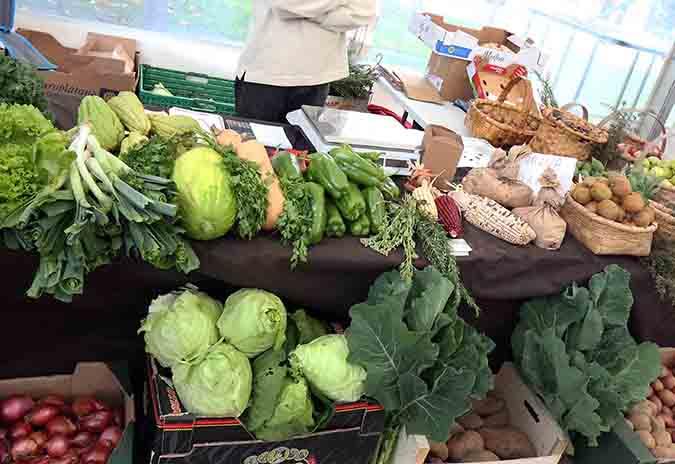 Este sábado en Ponteareas haberá postos ambulantes de venda de produtos agrícolas na praza Bugallal