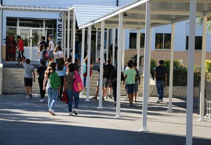 Arcos de Valdevez  assegura transportes escolares e refeições no regresso às aulas