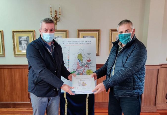 O alcalde da Cañiza presenta o estudo integral das redes de colectores e depuración de augas