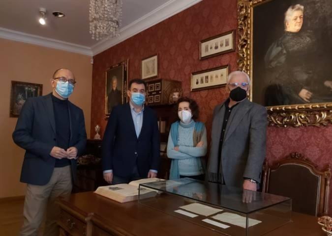 A RAG celebra a protección da biblioteca de Emilia Pardo Bazán