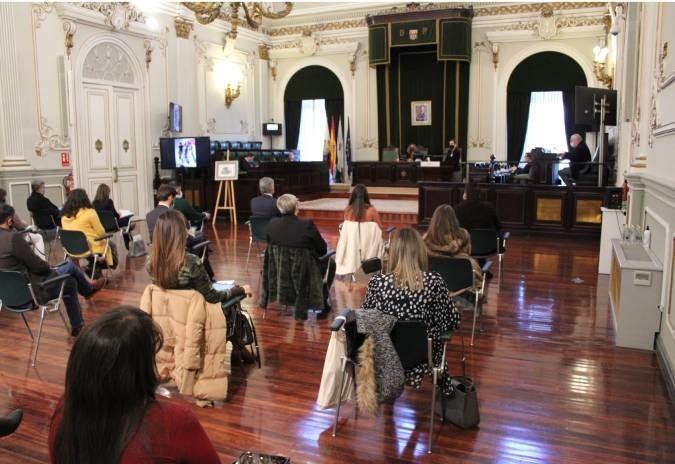 """Deputación de Pontevedra reclama á Xunta un """"plan de rescate"""" para a hostalería"""