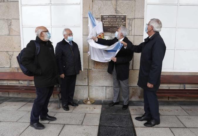 Parlamento galego homenaxea a Enrique Peinador polo seu apoio á revista Nós