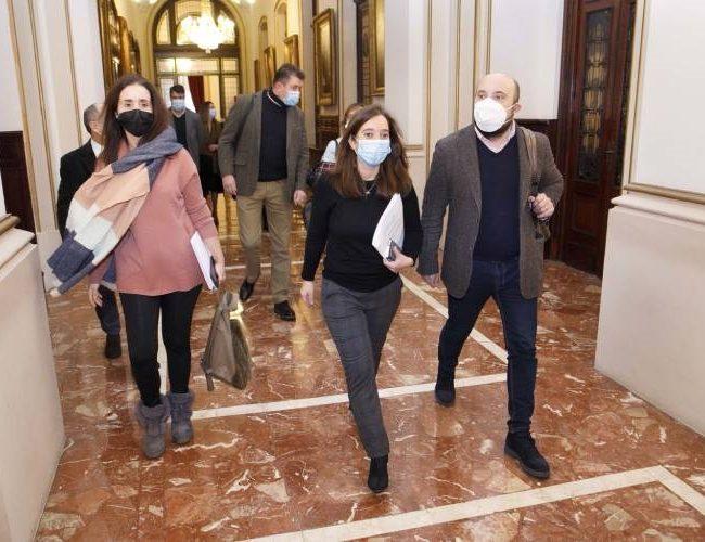 Concello da Coruña acordará cos grupos políticos as subvencións ás entidades