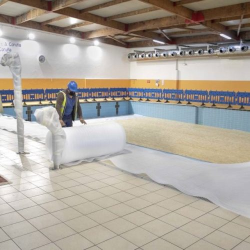 Concello da Coruña inicia as reformas da cuberta da piscina de Riazor