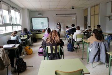 Asociación Érguete Baixo Miño impulsa actividades educativas no IES A Sangriña da Guarda