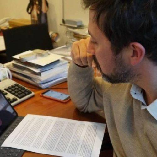 Gómez Reino reúnese coa Asociación pola Recuperación da Memoria Histórica