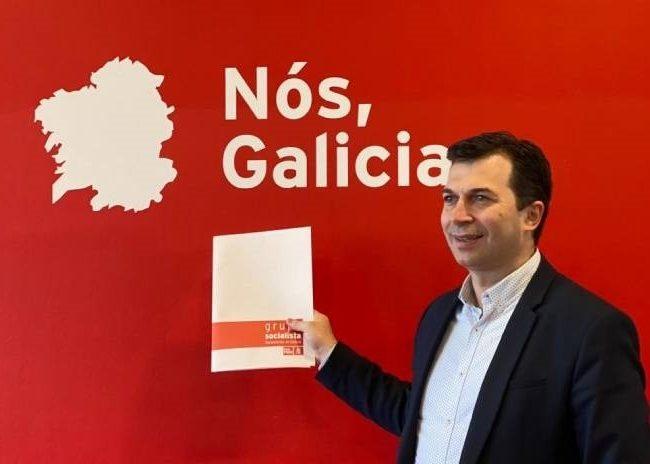 """Gonzalo Caballero: """"o noso compromiso é con Galicia fronte unha Xunta superada pola crise"""""""