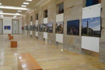 """Tui inicia o Ano Santo coa exposición """"De Mar a Mar: o Camiño de Santiago en 3D"""""""