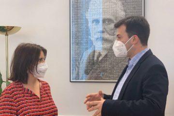 Gonzalo Caballero reúnese en Madrid coa voceira do PSOE, Adriana Lastra