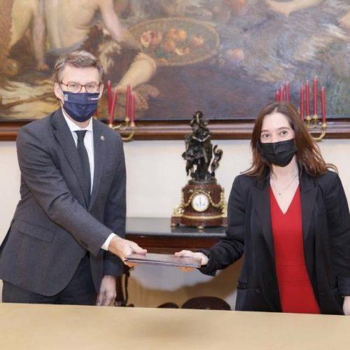 Inés Rey e Núñez Feijóo formalizan a construción do novo CHUAC