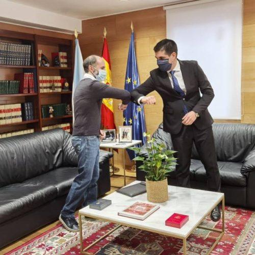 O alcalde ourensá Jácome quere conseguir unha mini-cidade administrativa