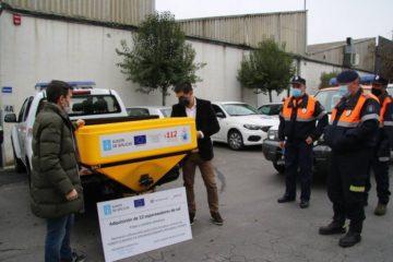 A Xunta entrega a 8 concellos  de Ourense material para mellorar a capacidade de resposta fronte ás nevaradas