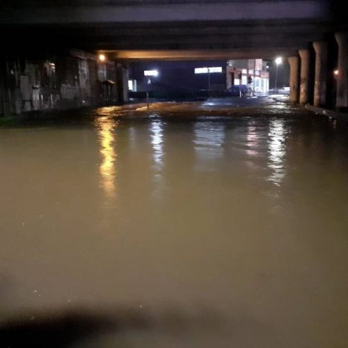 O Porriño sufríu inundacións por desbordamento do río Louro