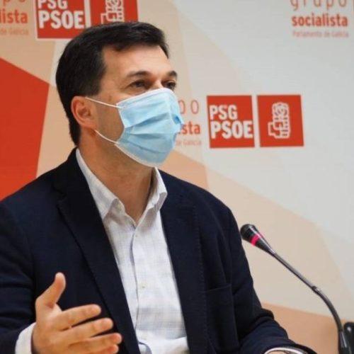 """Gonzalo Caballero ofrece """"man tendida"""" para reforzar a vacinación da COVID 19"""