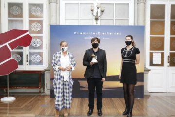 Deputación de Pontevedra recibe ao músico Daniel Minimalia, o primeiro galego en obter un Grammy latino