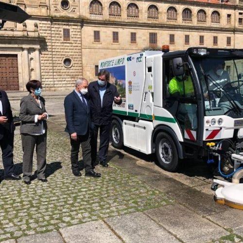 Monforte inviste 915.000 euros en maquinaria para limpeza viaria