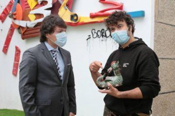 Inauguram escultura da Coca em Monção para transmitir uma mensagem ambiental