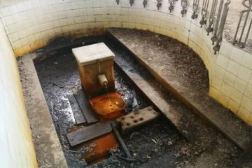 """A plataforma """"SOS Fonte de Troncoso"""" censura ao Concello de Mondariz Balneario por non limpar a fonte"""