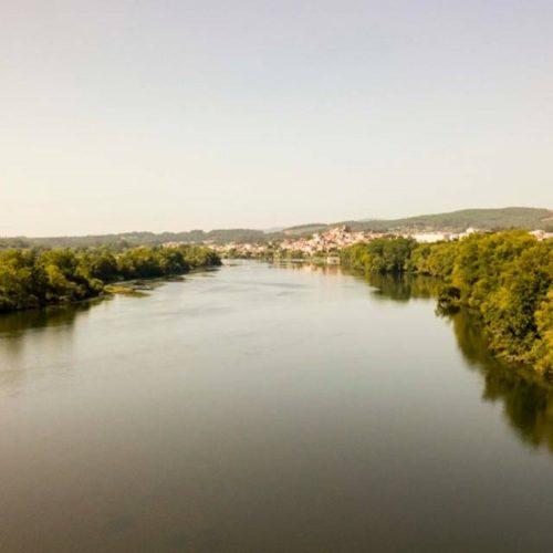 """Tui conmemora o 350 aniversario da publicación do """"Entremés famoso sobre a pesca do río Miño"""""""