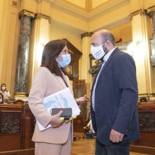 """Alcaldesa Inés Rey reitéralle á Xunta que """"o Porto é dos coruñeses"""""""