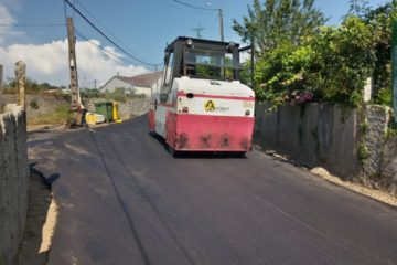 Asfaltado nas parroquias de Oleiros e Arantei en Salvaterra do Miño