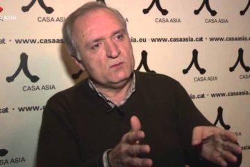 O moañés Xulio Ríos recibe o Premio Casa Asia 2021